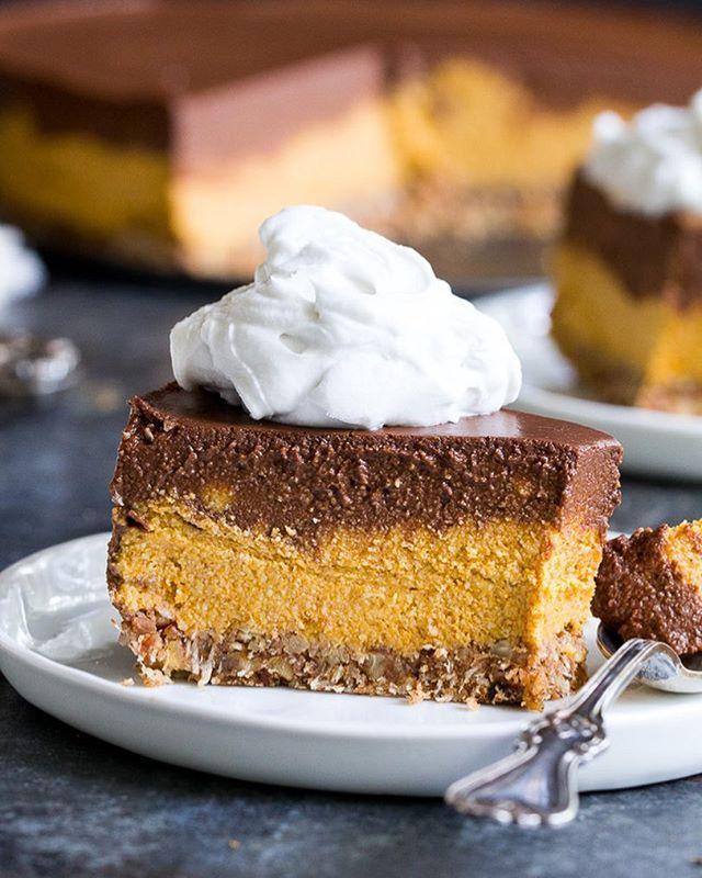 Pumpkin Chocolate Mousse Raw Pie