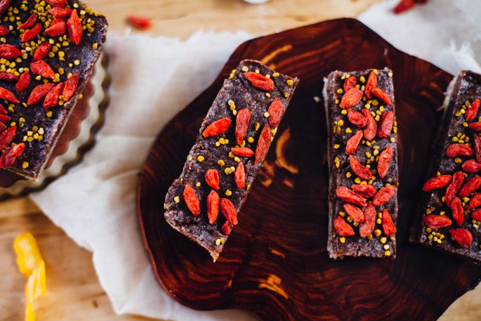 Raw Goji Berry and Cacao Bars