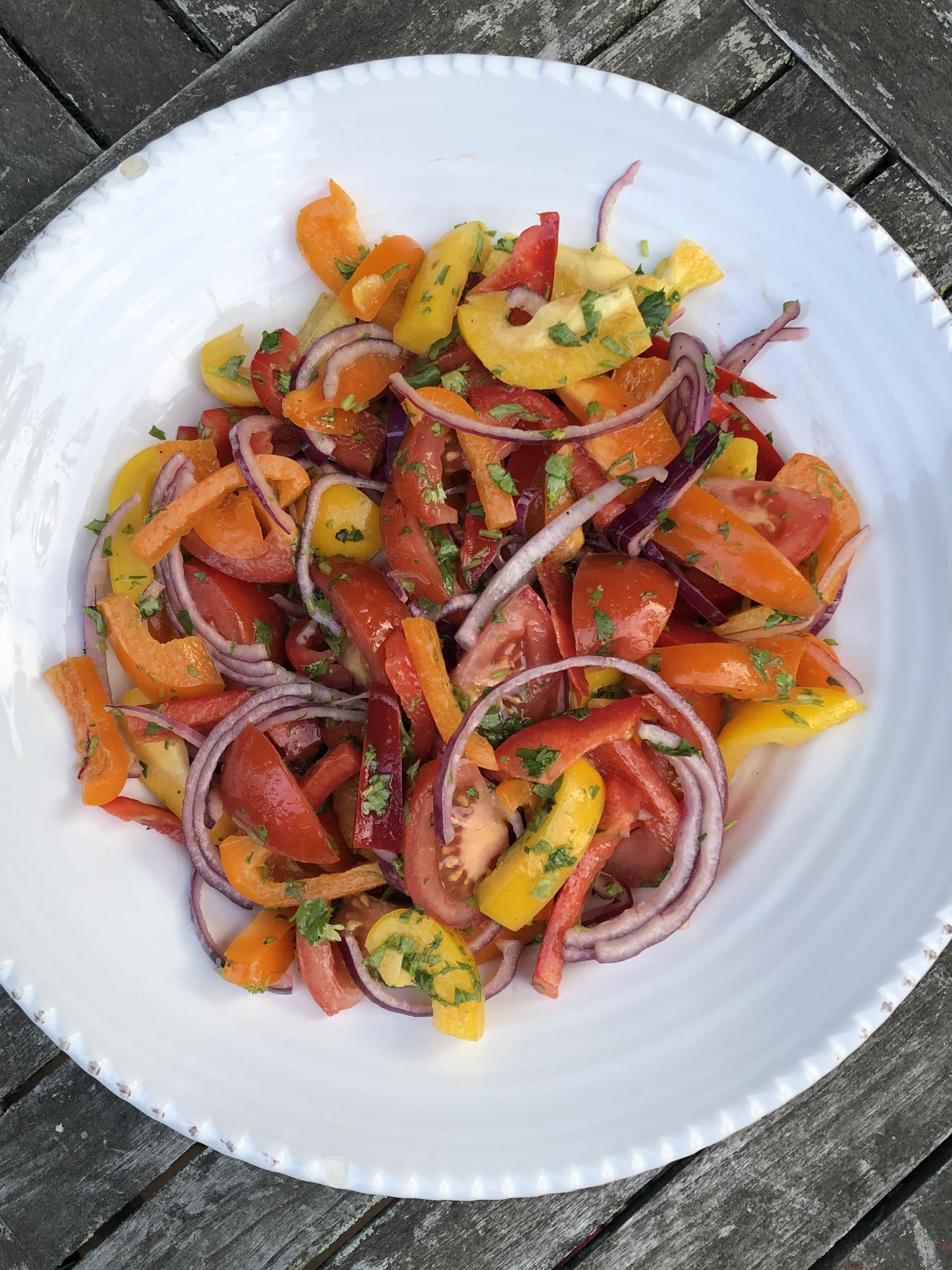 Simply Organic Sweet Pepper and Tomato Salad